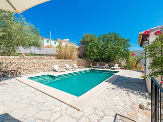 CA N'ABRINES - Villa for 6 people in Lloseta