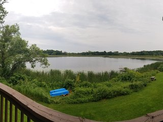 Cozy 2 Bedroom +Loft Cabin on Beautiful Clearwater Lake in South Haven