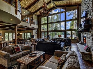 The Whispering Pines Lodge 9 Bedroom Private Vacation Rental Home