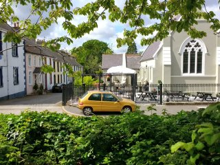 Syenite Place, Rostrevor