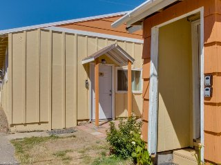 Family-friendly beachside retreat withroom for everyone plus three dogs!