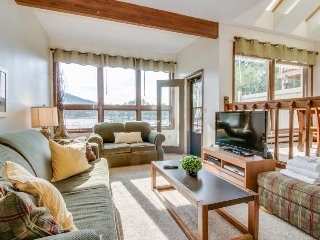 Lakefront condo w/ shared pool and hot tub - one mile to Wisp!