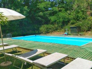 Tuscan villa, Pool, Tennis court, BBQ, near Pisa+Firenze