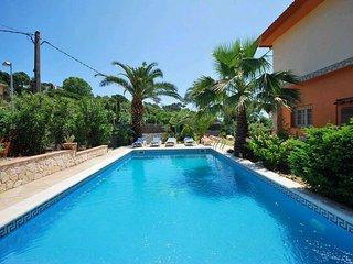 Maison piscine, proche plage  vue sur mer Manel 4 chambre