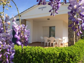 Nice villa, next to the beach, air conditionning - Villas Coll -