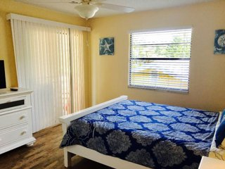 Indian Rocks Beach Apt B