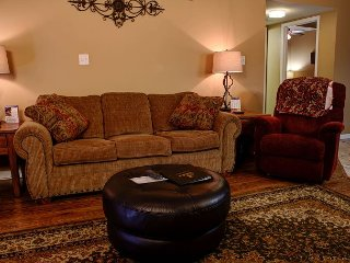 Top Notch Lodging in Heart of Pigeon Forge! Affordable Luxury! FREE Tickets!
