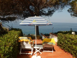 Ferienhaus mit sensationellem Meerblick in Kalabrien, Süditalien