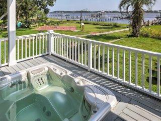 NEW! 2BR Charleston Riverside Apartment w/ Hot Tub!