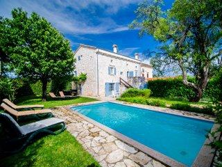 Villa con piscina nei pressi di Porec (Parenzo) Istria | Croazia