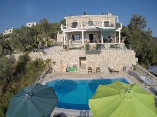 Mikro Lemoni 55m2 Stone Villa, 2 terraces, seaview