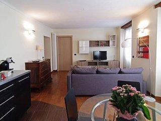 Grazioso appartamento nel centro di Canelli a due passi dalle famose cattedrali