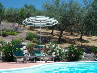 Villa Pesco Falcone - Holiday Villa in Abruzzo, Italy. Just for 2.