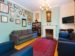 Large Duplex with Own Entrance in Center of London
