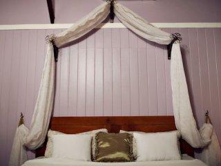 Ocean Front, King Bed