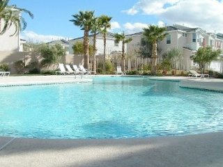 5 Star Luxury Villa near Casino, Resort, Shopping, Dining, & 10 Min to LV Blvd!