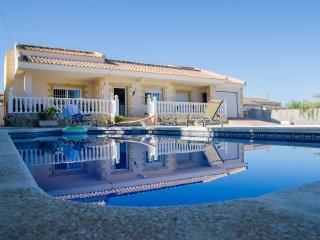 Charming pool Villa La Marina