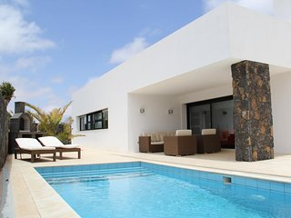 Villa Lujosa - 1.  LUXURY VILLA WITH PRIVATE POOL