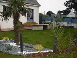 Maison tout conforter terrain clos de 400m2 située à 400m du port et des plages