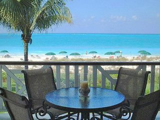 BEST OF ROYAL WEST .... Direct OCEAN FRONT Premium Suite on Grace Bay