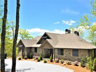 Luxury Custom Built 2017 Mountain Home with Long Range Views 4290' elevation
