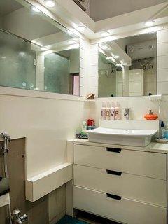 Washroom with bedroom number 1