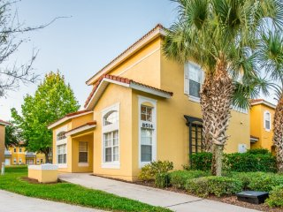 4Bed 3.5Bath EMERALD ISLAND townhouse 2.5 miles to Disney from $123/night
