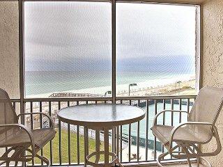 Gulf-front property #421!  Beautiful Decor! Getaway today!