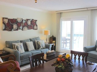 Beautiful Gulf Front 1 BR 1 Bath- Unit 214