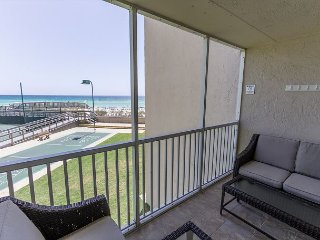 Spectacular Gulf Front 2 BR Condo #204- Book 6 nights, get the 7th free!