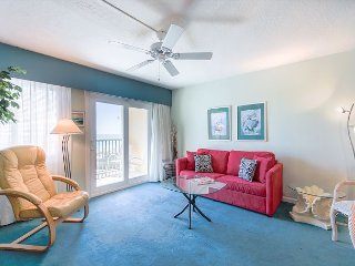 Luxurious 1 BR  Gulf-Front Condo #203