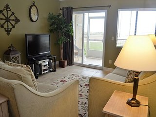 Peaceful, serene gulf front 2 BR condo 121 Steps away from the beach!
