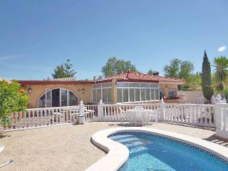 Large Comfortable Finca with Pool and Spa near Famous Thermal Baths and Alicante