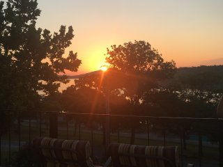 Peaceful Sunrises Table Rock Lake View 3BR 2BA Branson Area House