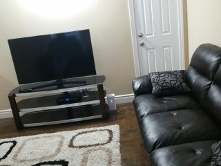 Furnished 3 bedroom House in Mississauga