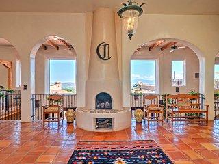 Luxurious Los Cerrillos Hillside Villa w/Views!