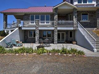 New! 4BR Pebble Creek House w/ Mountain Views!