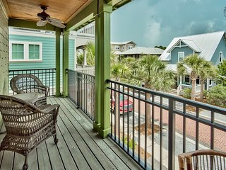 Seacrest Beach carriage house, community pool, beach shuttle - Lucky Stars