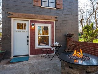 East Nashville Sunnymeade Cottage ~ RA158462