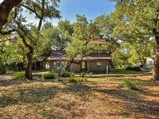 Nicely Updated 3BR on Lake Travis – Private Boat Slip & Large Shady