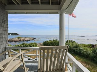 6BR Waterfront Estate on Pratt's Island w/ Bunk House & Loft - Near Dining