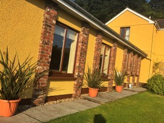 STYLISH SELF CONTAINED ANNEXE CLOSE TO MUMBLES