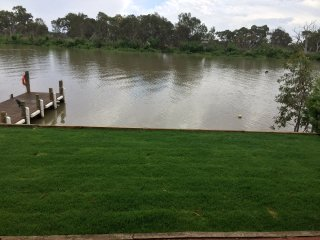 Murray River Riverside Cottage  new listing(Fully renovated exclusive location)