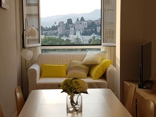 Best Location & Spectacular Views Malaga City – 2 bedr+1 bathr Apart w/ parking