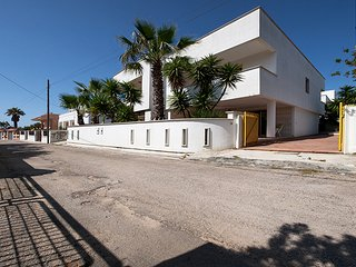 268 House at 100m from the Sea in Torre San Giovanni