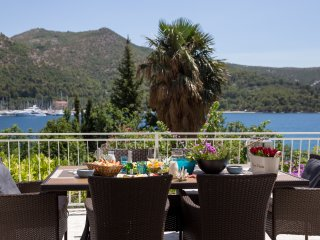 Apartment Villa Nada - One Bedroom Apartment with Balcony and Sea View