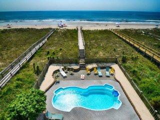 Tranquility Deluxe- 9 Bedroom Oceanfront, Pool & Elevator