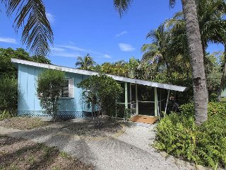 Charming one bedroom cottage in the heart of Sanibel
