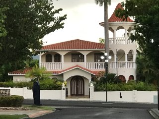 3 Bedroom Villa with Platinum VIP Privileges