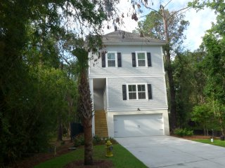 New 5 Bedroom, 4 Bath Home with Private Heated In Ground Pool